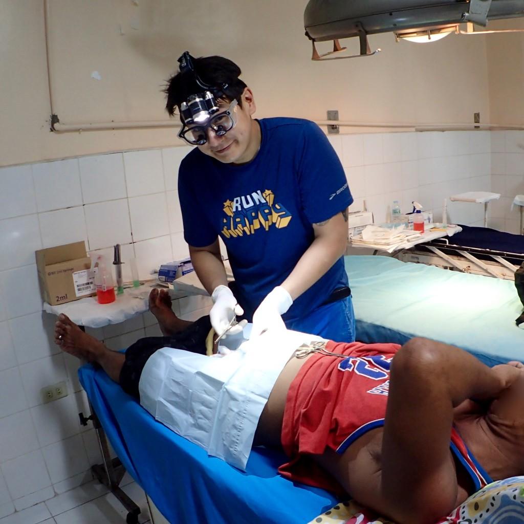 JB Abano does vasectomy at Sacred Heart Hospital in Cebu